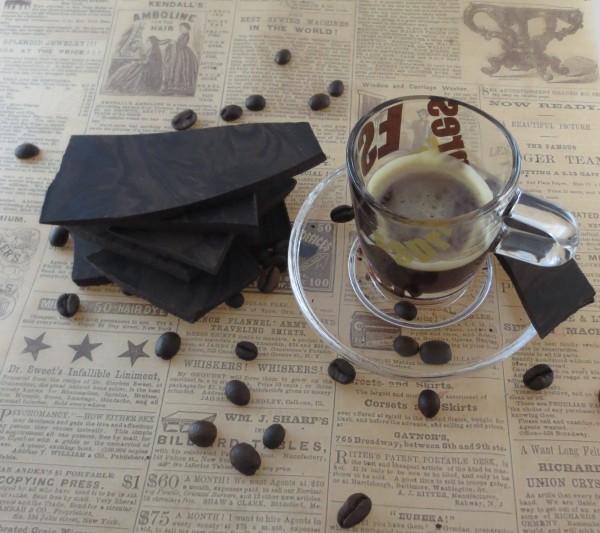 Espresso Zartbitter Cocoalade OHNE ZUCKER, Bruchcocoalade - aus der Cocoaladenmanufaktur PRAMA